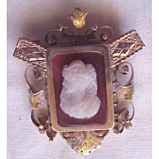 Hard Stone & 14KT Gold Pin W/ Memorial Window