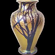 Orient & Flume Iridescent Hawthorn Tree Vase F 32 - Dated 1981