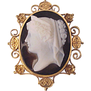 Victorian Etruscan Revival 18Kt. Gold and Agate Cameo - Circa 1875