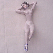 D & K (Dressel & Kister) Porcelain Bathing Beauty - Circa 1911