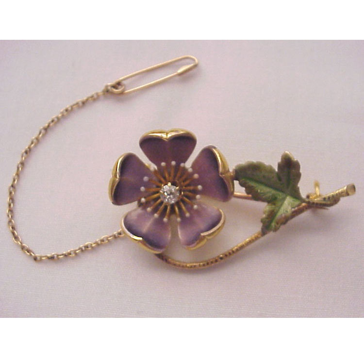 14kt. Yellow Gold & Enamel Flower Pin -  Circa 1900