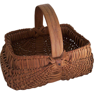 Vintage Buttocks Basket Bentwood Handle Child's Egg Basket