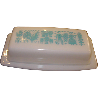 Vintage Pyrex Amish Butterprint Pattern Butter Dish