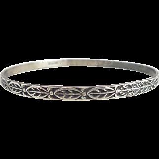 Vintage DANECRAFT Sterling Silver Tribal Leaves Bangle Bracelet