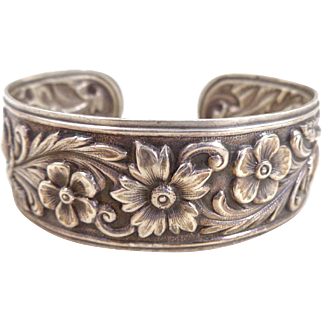 Vintage S. KIRK & SON Floral Repousse Sterling Cuff