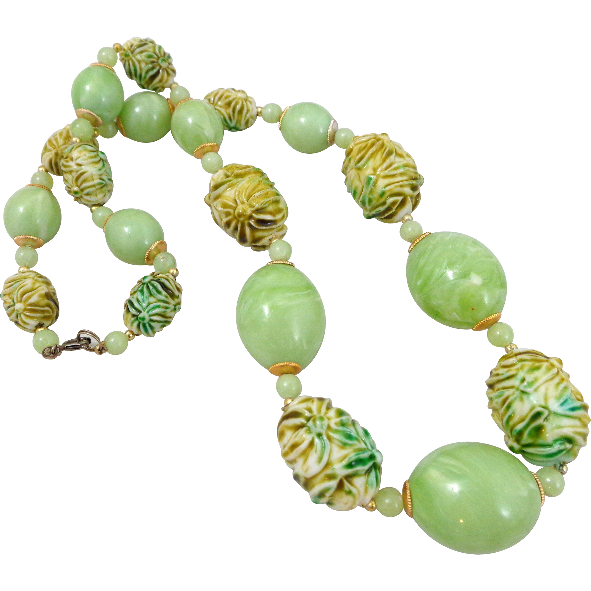 Vintage Lucite Molded Flowers Summer Green Necklace