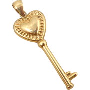 Estate 10K Gold Puffy Heart Key Pendant