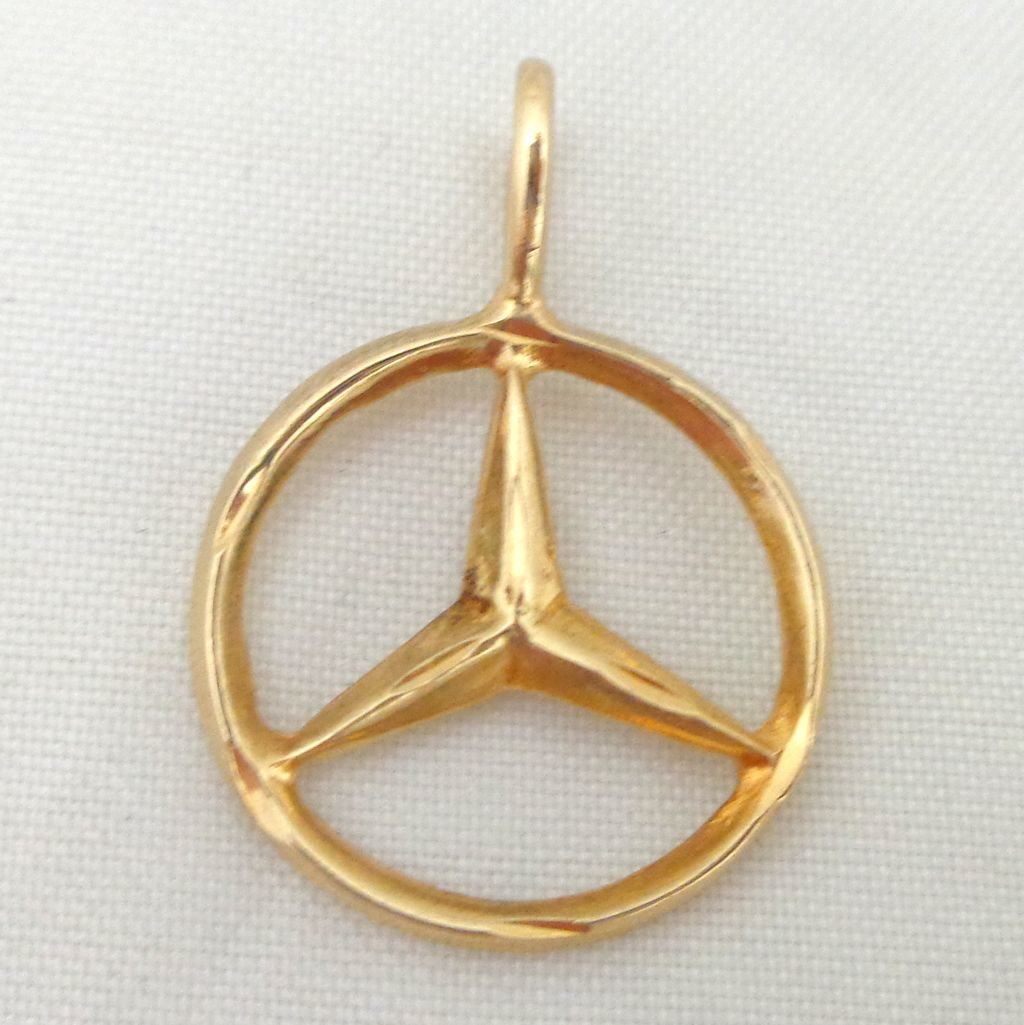 Estate 14k gold mercedes benz logo pendant charm sold on for Mercedes benz pendant