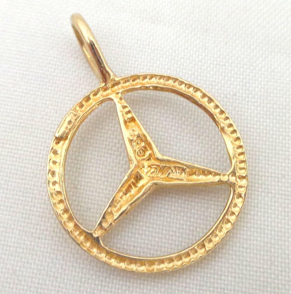 Estate 14k gold mercedes benz logo pendant charm sold on for 14k gold mercedes benz pendant