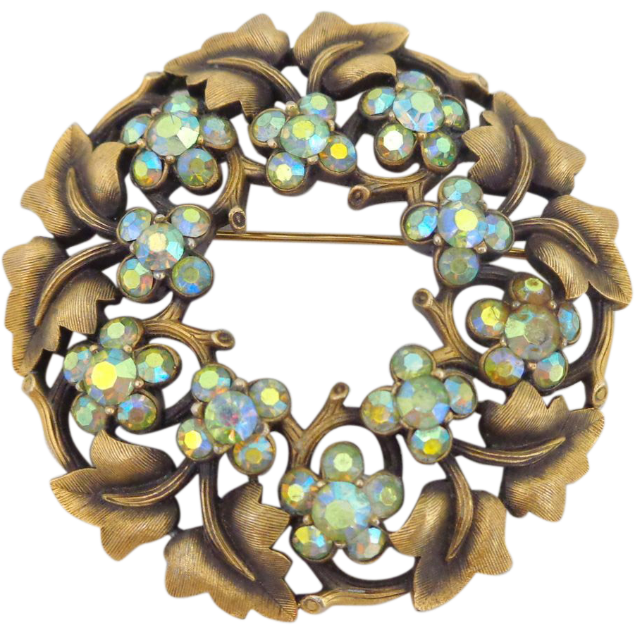 Vintage TRIFARI Ivy Leaf Rhinestone Circle Pin