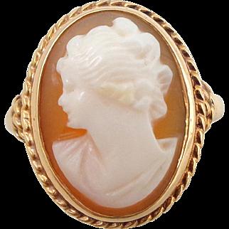 Vintage 14K Gold Carved Cameo Ring Sz 5.75