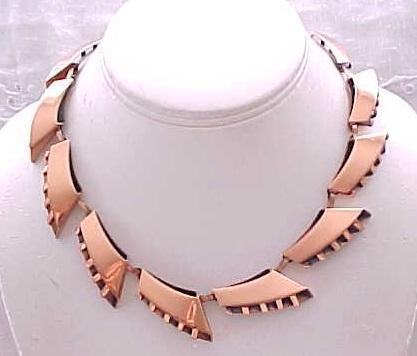 03 - Stylish Copper Necklace,  Clip Earrings - Renoir