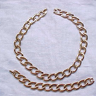 05 - Monet Goldtone Necklace and Bracelet