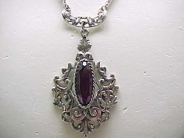 Gorgeous Whiting & Davis Pendant Necklace Purple Rhinestone Silvertone Metal