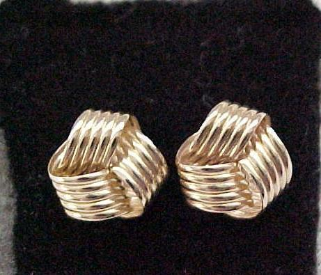 Lovely 14K Gold Earrings - Pierced Ears