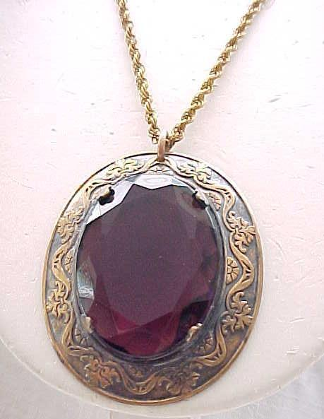 01 - Gorgeous Pendant Purple Stone, Gold Filled Chain