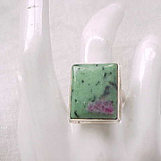 Sterling Silver Ring Unusual Stone - Size 9 1/4