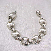 Stylish Sterling Silver Bracelet - 35 Grams