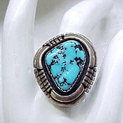 Excellent Native American Sterling & Turquoise Ring - Signed - Size 6 3/4