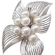 Exquisite Sterling & Pearl Pin/Brooch