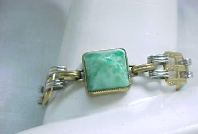 05 - Vintage Czech Bracelet - Green Glass Cabochons - Unusual
