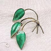 Norway Sterling, Enamel Pin - 3 Leaves