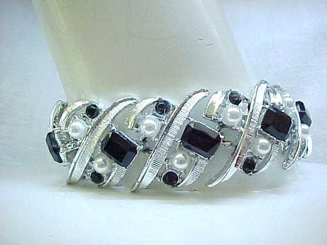 01- Wide Bracelet Black Rhinestones, Faux Pearls, Silvertone