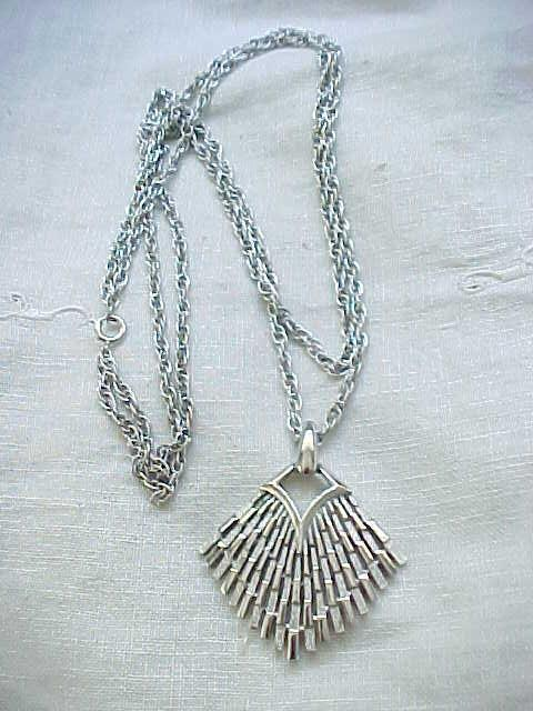 Chic Silvertone Trifari Necklace - Double Chains
