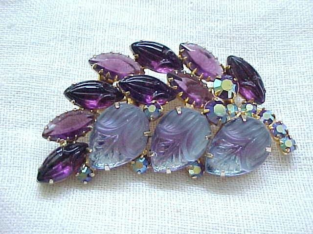 Gorgeous Rhinestone Pin Shades of Purple, Molded Glass Stones