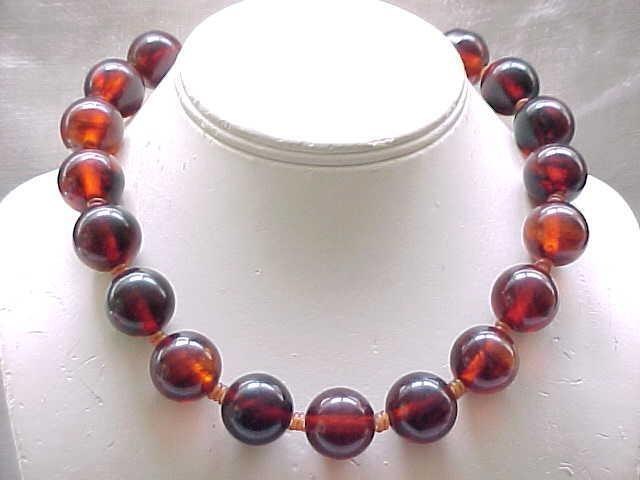 Chunky Root Beer Bakelite Necklace with Lucite Clasp