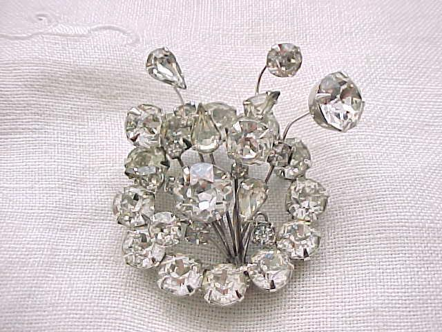 Exuberant Diamante Rhinestone Pin- Must See