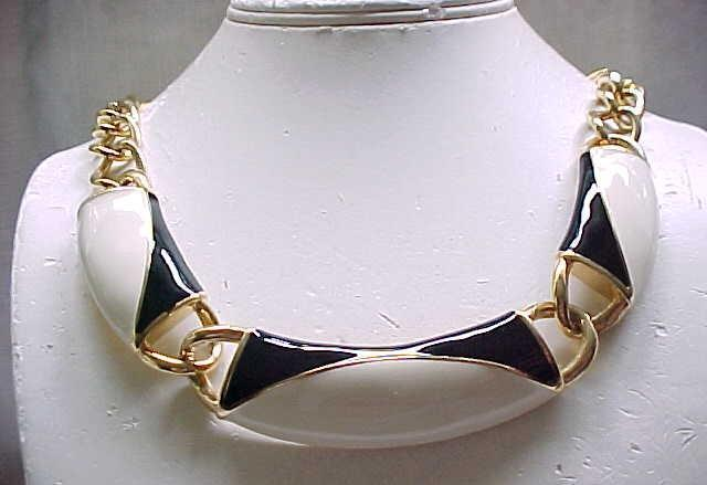 Monet Cream & Black Enamel Necklace - Must See