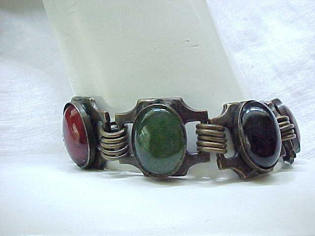 Fab Sorrelli Bracelet - Natural Stones - Antiqued Metal Finish