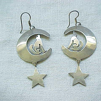 Delightful Coyote Sterling Earrings - Southwestern Theme