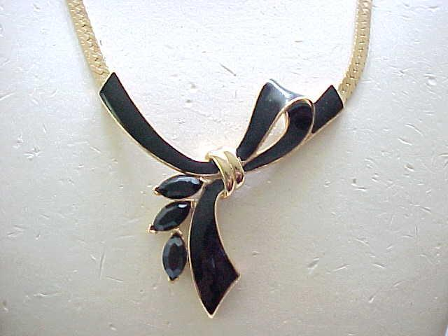 Lovely Kunio Matsumoto Black Bow Necklace