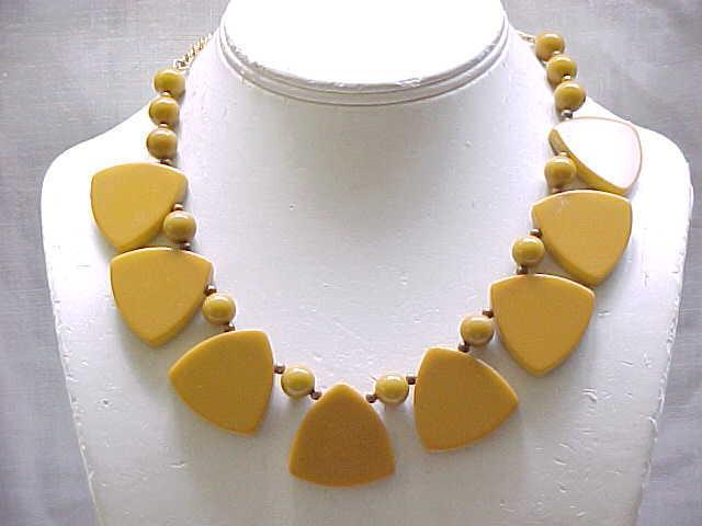 Bakelite Necklace - Interesting Shapes - Mustard Color