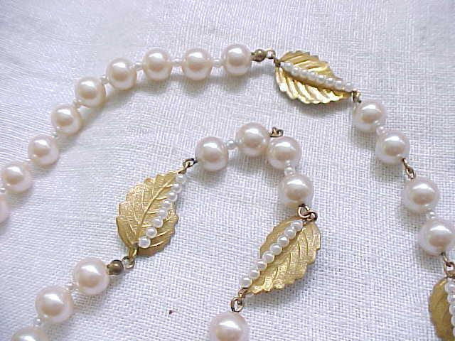 Dreamy Miriam Haskell Faux Pearl Necklace  with Russian Plating