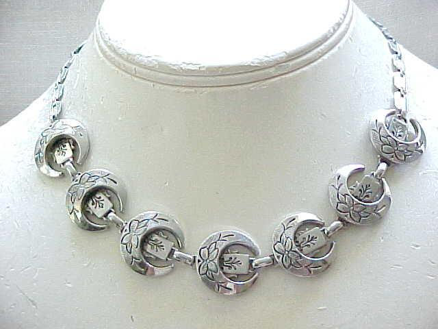 10 - Lovely Karu Victorian Revival Necklace - Silvertone