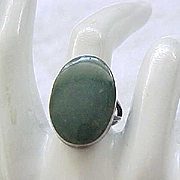 Jade and Sterling Silver Ring Mexico Eagle 3 Taxco - 7 1/2