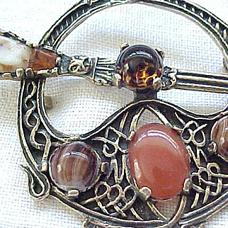 12 - Traditional Scottish Kilt Pin signed Miracle