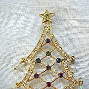 Avon Christmas Tree Pin Rhinestones and Crystals