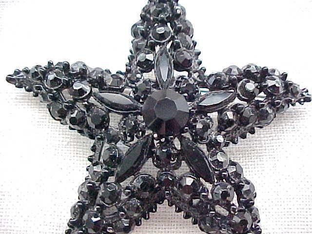 Elegant Florenza Black Rhinestone Star Shaped Brooch Pin