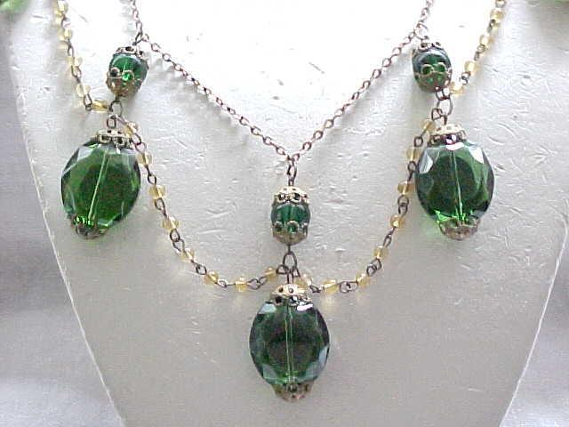 Fabulous Festoon Necklace - Green Beads - Filigree
