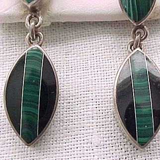 Exceptional Sterling Silver Earrings Malachite, Onyx - Pierced Ears - Drop Style