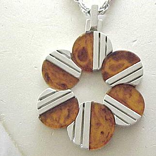 Fab Trifari Faux Tortoise & Silvertone Necklace