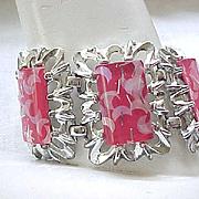 02 - Big Confetti Lucite Bracelet - Silvertone/Hot Pink