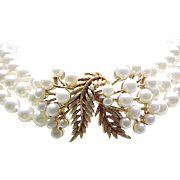 02 - Lovely Faux Pearl Choker Style Necklace - Beautiful Centerpiece
