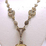 Elegant Victorian/Edwardian Necklace Detailed - Beautiful Pendant