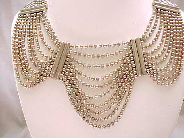 Graceful 1940's Collar Necklace - Ball and Chain