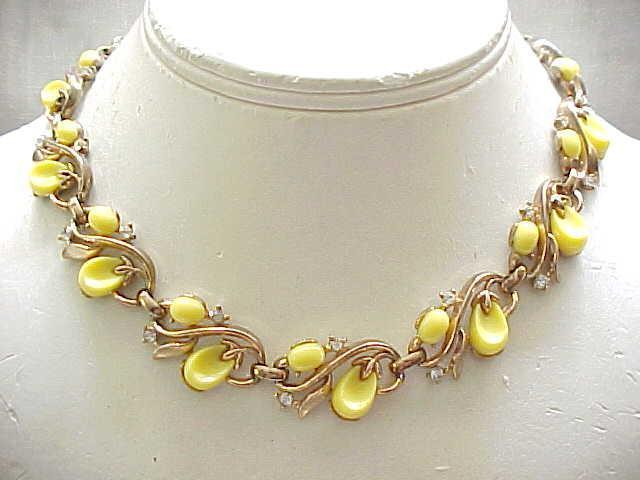 Mid Century Trifari Yellow Pebble Beach Bracelet, Necklace - Lovely